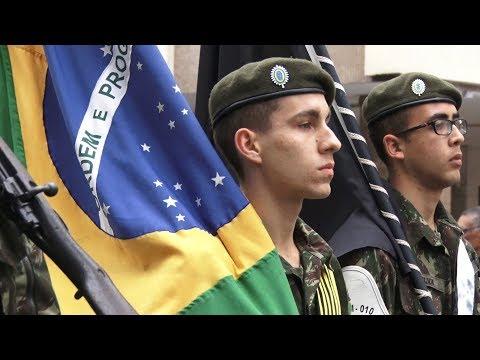 Desfile de Sete de Setembro reúne ex-alunos de colégios de Nova Friburgo
