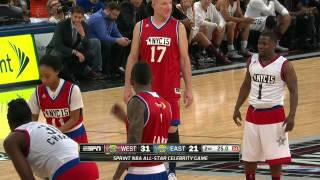 Kevin Hart Duels with Mo