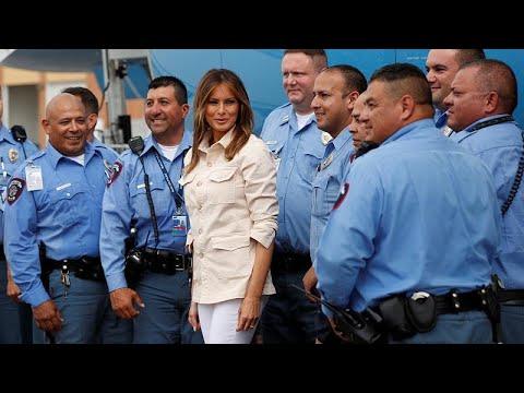 Η Μελάνια Τραμπ επισκέφθηκε παιδιά μεταναστών – Σάλος από το μπουφάν που φορούσε…