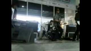 The Player - Berjalan Di Tepi Pantai (Cover Caffein). 3gp