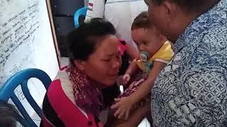 Bayi Mungil Enggan Lepas dari Ibu Adopsi yang Ditangkap Kasus Human Trafficking