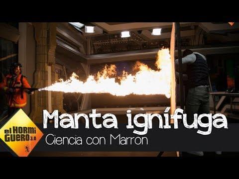 Joaquín prueba la fuerza de la manta ignífuga de Marron - El Hormiguero 3.0