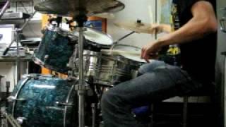 Apulanta - Viisaus ei asu meissä Drum Cover