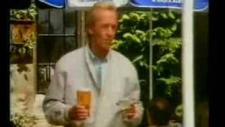 Paul Hogan Fosters Advert in Edinburgh