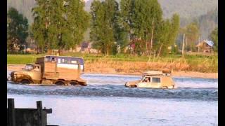 Брод через реку Томь возле Майзаса. Июнь 2010