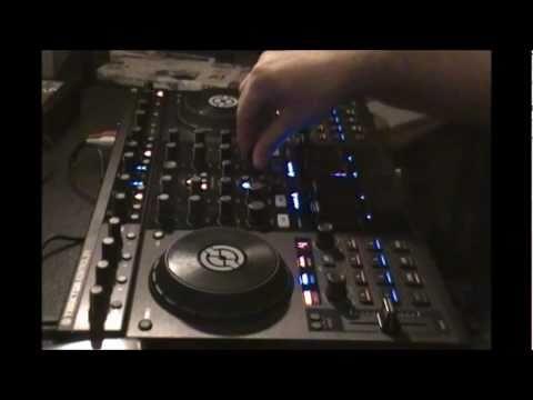 @DjStibs - Traktor S4 Cue/Scratch Demo