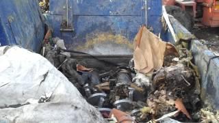 preview picture of video 'bh-ruda.pl Rozdrabniacz  Edge Slayer. Odpady wielkogabarytowe ALBA Chorzów'