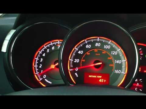 Der Sensor des Benzins auf kia des Spektrums