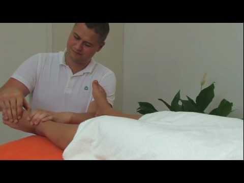 Die Valgusdeformation des Fusses des Schmerzes in den Beinen
