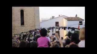preview picture of video 'Altea: Pujada i plantà de l'Arbret de Sant Joan 2011'