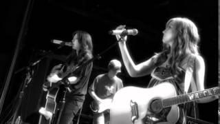 The Wreckers- Rain (Live)
