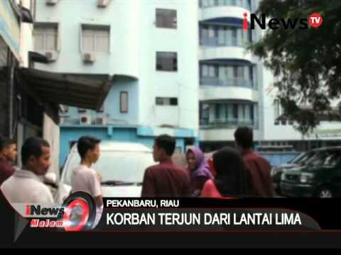 Inilah Aksi nekad pengunjung hotel di Pekanbaru yang terjun dari lantai 5 - iNews Malam 07/03