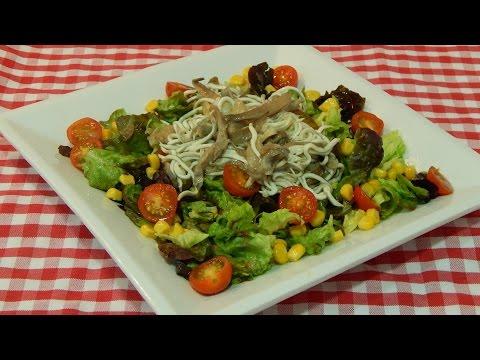 Cómo hacer ensalada templada de gulas y setas