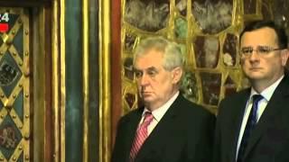 Президент Чехии пришел пьяный на официальную церемо...