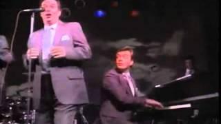 05 Anchors Away (Anchors Away) (Kingsmen Quartet)