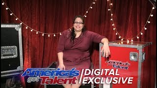 Aileen George Talks Pole Dancing with Howie Mandel - America