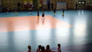 preview picture of video 'Kaszub CUP 2014 - Jaguar Gdańsk - Elana Toruń rocznik 2005 część 2/2'