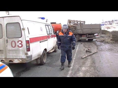 Водитель погиб на трассе во время ремонта машины
