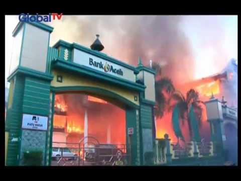 Gedung Kantor Pusat Bank Aceh Terbakar - BIM