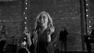 Lips On Lips Live Session   Tiffany Young