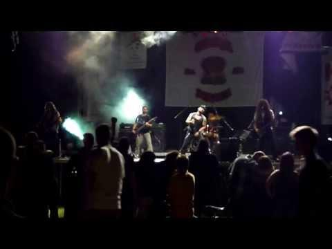 Rokstarza   Thunderstruck AC DC cover