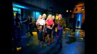 Britney Spears - Everybody (Remix Featuring The Cheetah Girls) (Video)