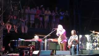 Tom Petty plays Friend of the Devil at Hangout Festival 2013