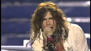 <b>Steven Tyler</b>  Dream On  American Idol Season 10 Finale Results Show  05/25/11