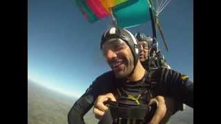 preview picture of video 'Salto tandem Aero Club Canelones - Uruguay. Federico Guasch'