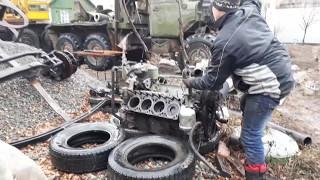 Урал 4320 часть 11 . Снятие двигателя , снятие гильз.
