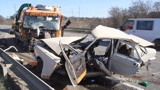 У Житомирському районі «Волга» зіштовхнулася з вантажівкою, загинули двоє людей- Житомир.info