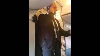 Hilarious United Airlines pilot - Dulles to Pitt