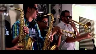 Don Ayawaska Ft Selector Cocoman - Flama en la oscuridad (ReMake) Video Oficial