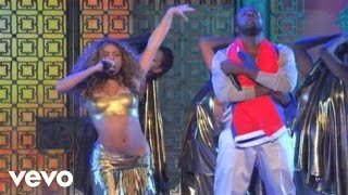 Shakira   Hips Don't Lie (Live At The GRAMMYs On CBS) Ft. Wyclef Jean