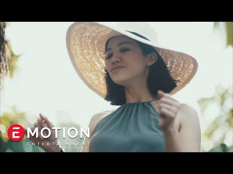 Agatha Suci - Karena Kamu (Official Video)