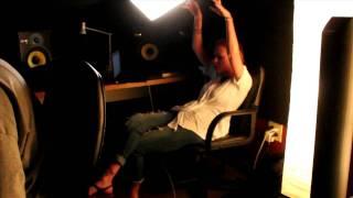 Atozzio - Reasons feat. Tynisha Keli (Produced By Deezle)