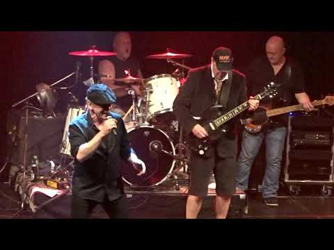 BACK IN BLACK (AC/DC) - LIVE IN COPENHAGEN 2019 - Music And Fireworks