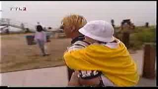 1998- Aaron Carter - Making of Surfin USA