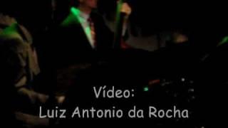 John Pizzarelli - Can`t Buy Me Love