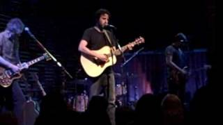 "Ari Hest ""Broken Voices"" Live At Joes Pub"