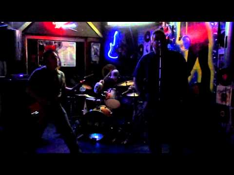 """53rd and 53rd"" - The Tromatons (Ramones cover)"