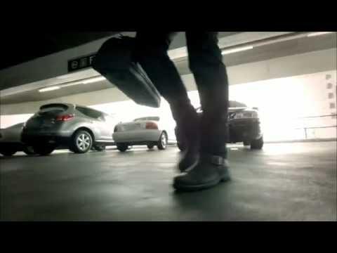 Steps, UGG for Men Ad