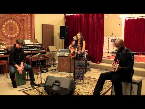 Rebecca Moreland - Breaking Free (Live Acoustic Sessions 2013)