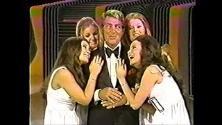 "Dean Martin - ""A Marshmallow World"" - LIVE - CHRISTMAS"