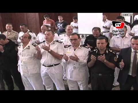 وزير الداخلية يتقدم جنازة النقيب الشهيد أحمد عسكر