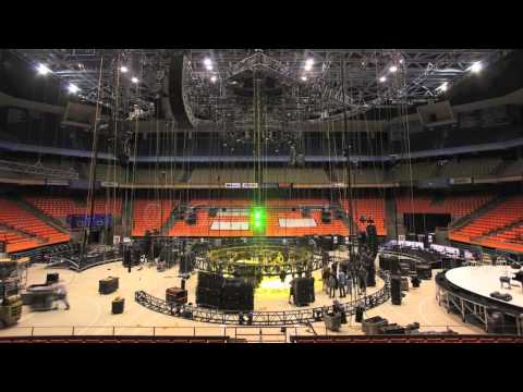 Troubadour Reunion Tour Time Lapse – The Revolving Stage!