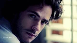 Jack Savoretti feat. Sienna Miller Video 'Hate & Love'