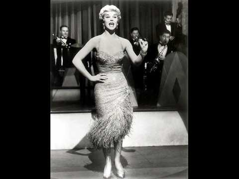 Baby Its Cold Outside - Bing Crosby & Doris Day