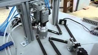 preview picture of video 'Automatització 2 - CFGM Mecanització - INS Manolo Hugué - Caldes de Montbui (Barcelona)'