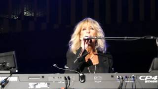 Lindsey Buckingham & Christine Mcvie - Hold Me  June 23 2017 Nashville